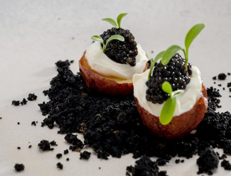 Pommes de terre Red Moon, caviar Sturia Oscietra